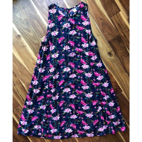 Old Navy Dresses & Skirts - Navy and Pink Floral Dress